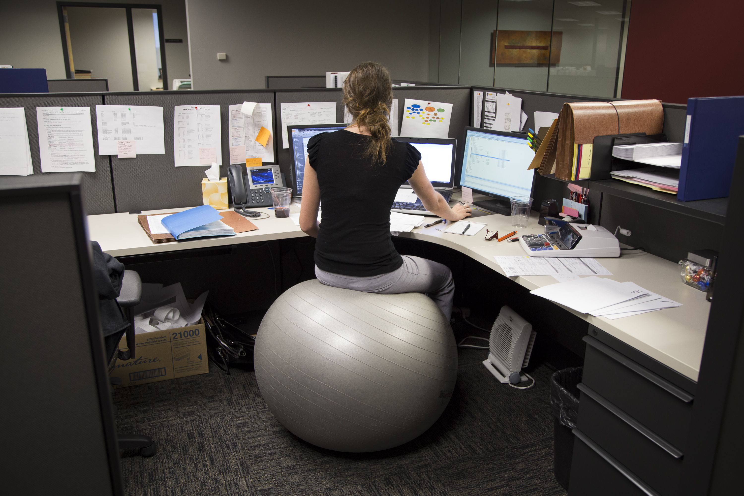 Sit Stand Workstations Treadmill Desks Isometric Ball Chairs And Other Alternatives To More Traditional Office Equipment Are Making Their Way Into